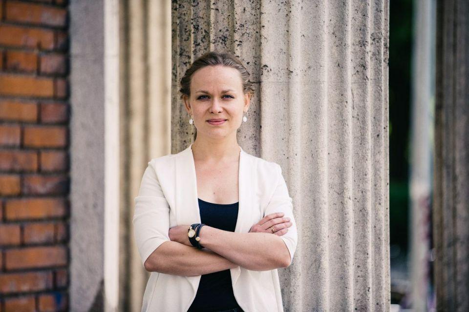Annemette-Wilhjelm-Knudsen-PREVIEW-BP8Q3462-by-Kim-Vadsk+ªr-compressor